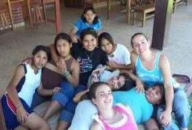 Girls from El Alfarero and some of the staff
